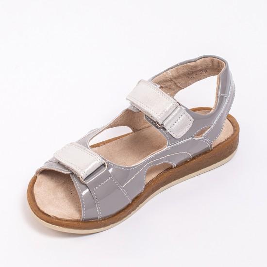 Shoes for schoolgirls