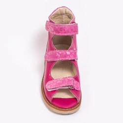 Prophylactic summer shoes for little children